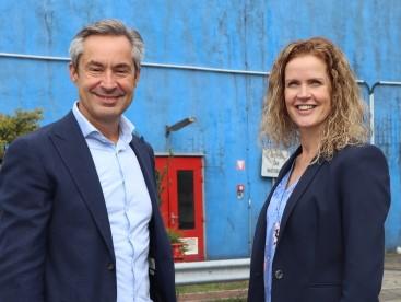 Chantal Groenendijk en Bernard van Oost Aluchemie_klein.jpg